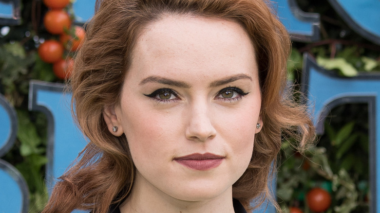 Batgirl: Daisy Ridley reportedly Warner Brothers' top choice for DC film
