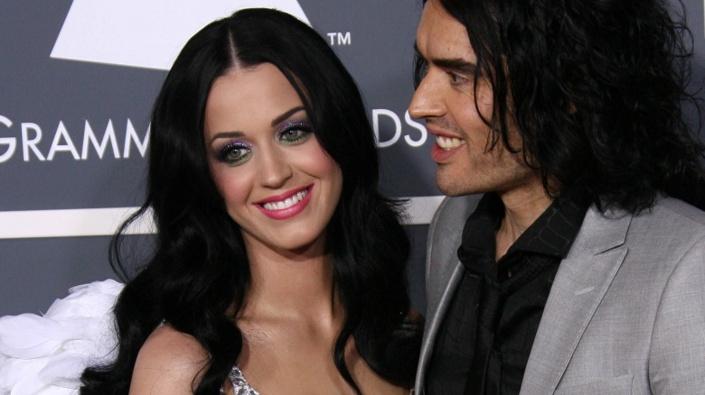 http://img2.looper.com/img/gallery/celebs-who-were-dumped-via-text/katy-perry.jpg