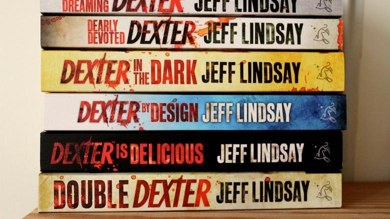 Dexter: Season 1: Episode 1: 'Dexter' - Review