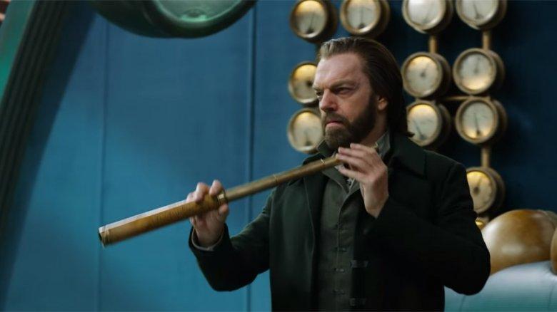 Hugo Weaving in Mortal Engines