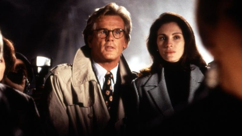 Nick Nolte and Julia Roberts in 'I Love Trouble'