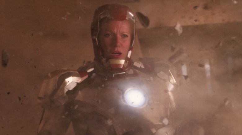 Pepper Potts in Iron Man's armor in Iron Man 3
