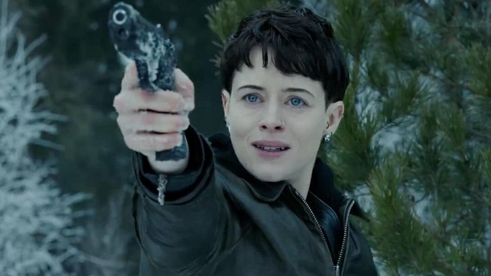 Lisbeth Salander holding pistol