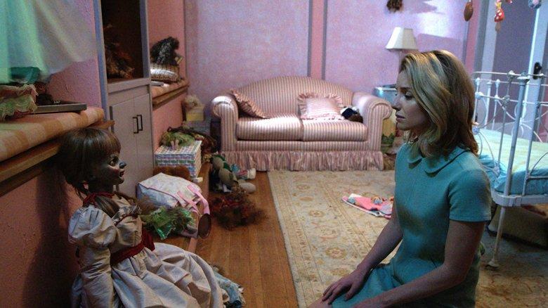 Scene from Annabelle