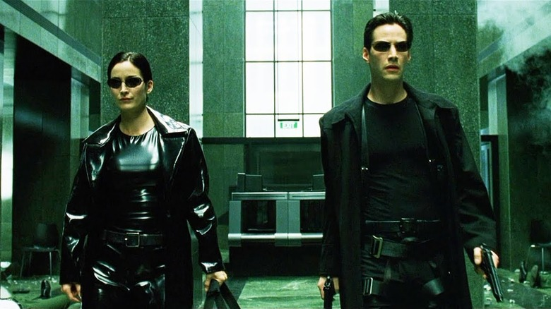 Keanu Reeves and Carrie Anne Moss in The Matrix