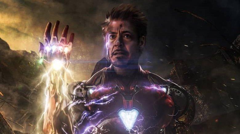 RDJ activating the Infinity Gauntlet in Avengers: Endgame