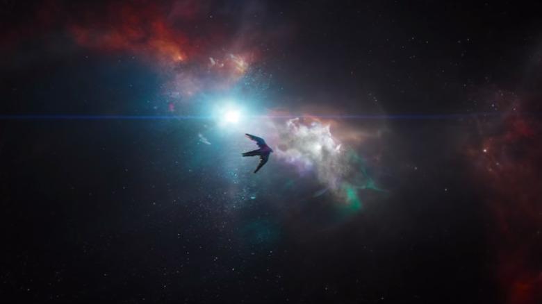 O Benatar à deriva no espaço no Endgame