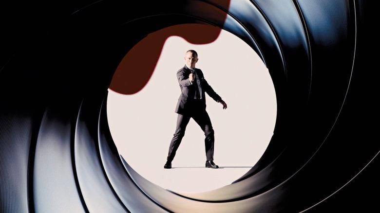 James Bond classic gunshot intro