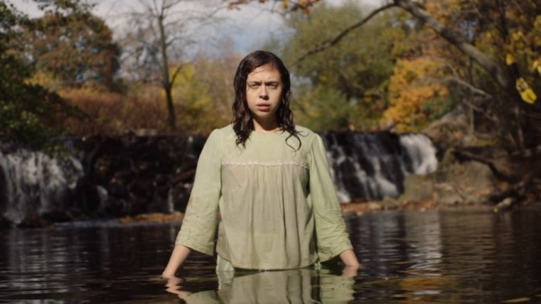 Bel Powley in Wildling
