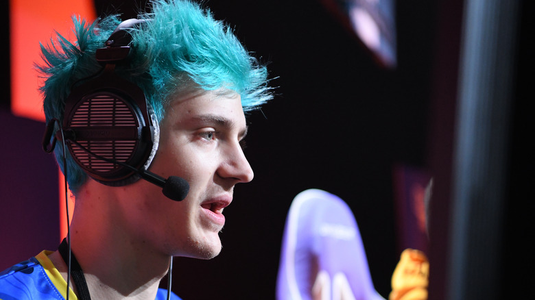 Ninja plays Call of Duty at Twitchcon