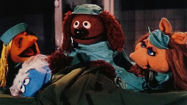 Janis, Rowlf, and Miss Piggy in Veterinarians' Hospital
