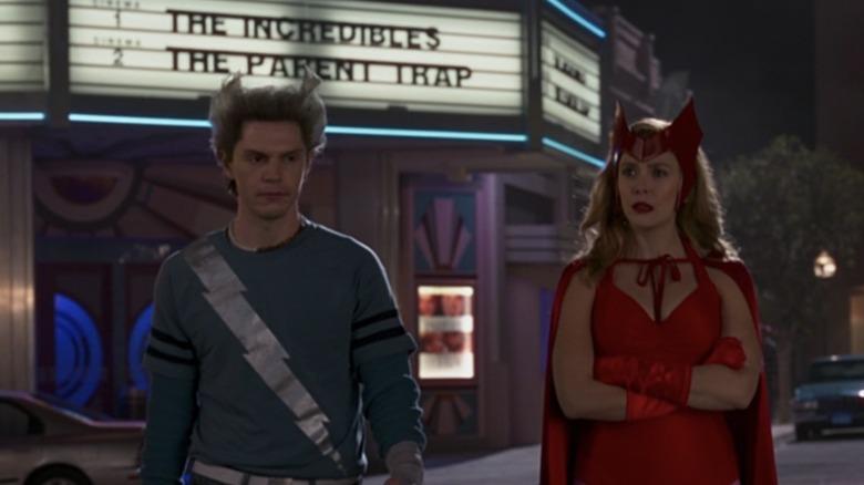 Elisabeth Olsen and Evan Peters in WandaVision