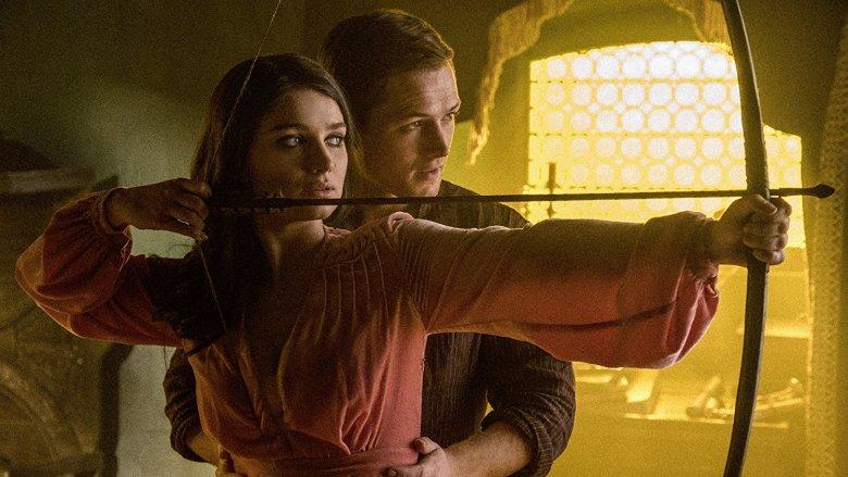 Taron Egerton and Eve Hewton in Robin Hood (2018)